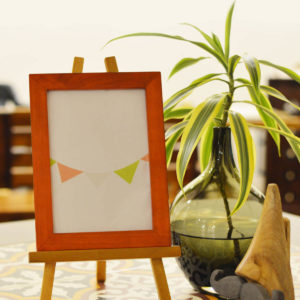 1.PICTURE FRAME WITH EASEL STAND (1)